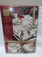 "Lenox Holiday Nouveau 52""x70"" Oblong Fine Table Cloth. B32"