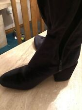 BNWOB over the knee black VELOR block heel stretch boots size 4 from Boohoo