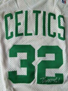 1992-93 Champion KEVIN McHALE No 32 BOSTON CELTICS signed Jersey UDA UDT15540