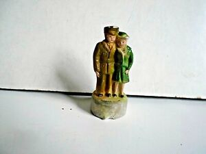 """2-Vintage 0/027 scale  Women & Man figures on 1/2"""" round stand"""