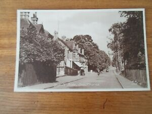 CROWTHORNE, Duke's Ride (T.S. CNE 7) - Vintage Postcard §DP1018