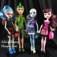 Monster High Scaris City of Frights Deuce Ghoulia Abbey Draculaura 4 Dolls Pack