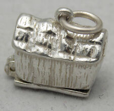 La apertura de los amantes en un pajar de plata esterlina encanto (grosero)