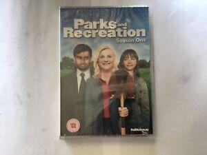 PARKS AND RECREATION: SEASON ONE ( DVD BOX SET)