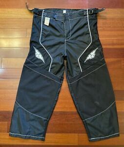 Mission Roller Inline Hockey Pants D-4 Senior Small - 2004 Model - New w/ defect