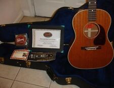 Gibson Custom Shop Acoustic Guitar LG-2 Mahogany Banner - Mint Condition