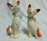 Vintage Set of 2 Cute White Cat Kitten with Blue Collar /Flowers Statue Figures