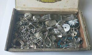 Job lot of vintage jewellery (F67)