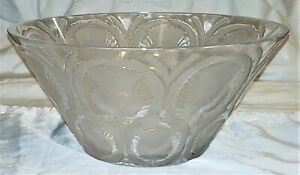 Large French Lalique Mid Century Modern Art Glass Centerpiece Fruit Bowl Thistle