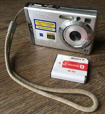 Sony Cyber-shot DSC-W90 8.1MP Digital Camera Silver Lithium Battery Untested