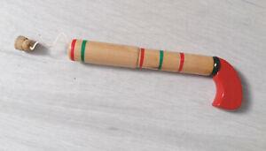 Pistolet en bois avec bouchon amovible