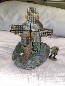 Hawthorne Village Universal Monsters - Frankenstein's Burning Windmill Excellent