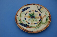Assiette barbotine papillon et fleurs en relief  N°2