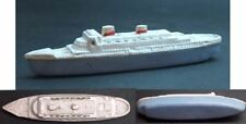 VINTAGE PLASTIC TOY - A BOAT