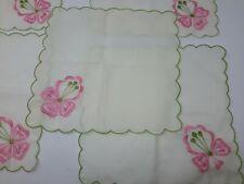 Vintage 5 Estate Sale Green Scalloped Edges Pink Embroidered Cocktail Napkins