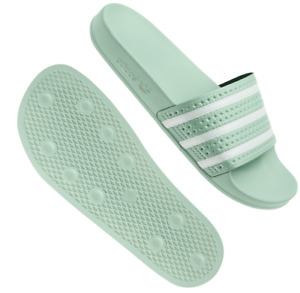 """Adidas Adilette Badelatschen Sandale """"fällt 1 Nr. kleiner aus!"""" mint/weiß"""