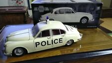MODELICONS 1/18 SCALE JAGUAR MK 11 POLICE CAR.