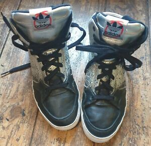 Adidas size 5 silver/black leather 8 hole lace up high top trainers, cushioned.