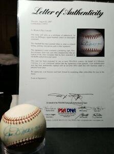 Joe DiMaggio Autogragh Signed Basebal PSA/DNA cert # E39523 Mickey Mantle buddy