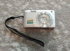 Nikon Coolpix S3300 Silver Digital Camera 6x Zoom 16.0 Megapixels NO CHARGER