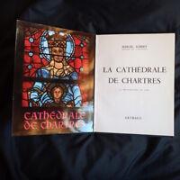 La cathédrale de Chartres 100 héliogravures en noir édition Arthaud