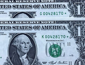 AMAZING,MATCHING SERIAL STAR NOTE $1 DOLLAR PAIR (1993 Dallas -2017 CHICAGO) UNC
