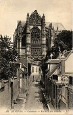 CPA Beauvais-Cathédrale, Vue de la Rue Feutrier (424204)