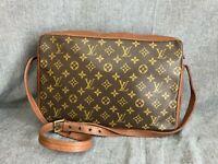 Authentic Louis Vuitton Monogram Sac Bandouliere Shoulder Bag M51364 Vintage
