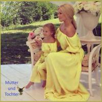 Mutter und Tochter Schulterfre Rüschen blumig Kleid Familie passende