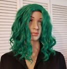 EUC Emerald Green Wavy Curly Wig St. Patricks Day Halloween Derby Party Costume