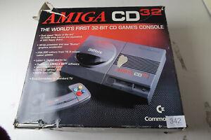 Commodore Amiga CD32 Empty Box