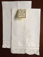 White Crochet Lace, Cut Work Linen Guest Towels,Hand Embroidery Set of 2 G89019W