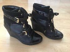 MICHAEL KORS Black Patent LIZZIE Hi High Top Wedge Platform Sneakers Booties 7.5
