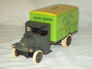 """Vintage """"Ertl"""" ~ John Deere Die Cast ~ 1926 Cameo ~ MACK """"Bull Dog"""" Truck Bank"""