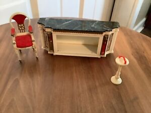Miniature Dollhouse Petite Princess Ideal Plastic Royal Buffet & Chair
