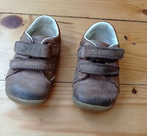 Baby Boy Clarks Shoes Size 4.5 G