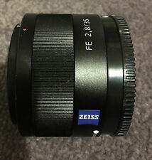Sony Zeiss Sonnar T 35mm F/2.8 ZA FE Lens
