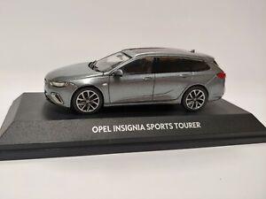[NEU] Modellauto OPEL Insignia SportsTourer 1:43 Lichtgrau Sammlermodell OC10926