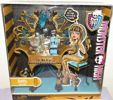Monster High Cleo de Nile Vanity Playset NRFB 2011 #W9119 Furniture, Accessories