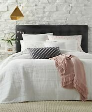 Martha Stewart Collection Eyelash Stripe 100% Cotton Quilt - TWIN - White