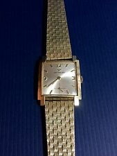 Vintage Men's WITTNAUER WristWatch 10K Gold Filled Bezel - Works Great!!