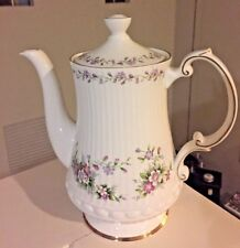 Antique Elizabethan Chantilly Excellent condition made in England Coffee Pot.