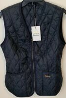 NWTs Barbour Womens Betty Interactive Quilted Liner. Navy (retail $129)
