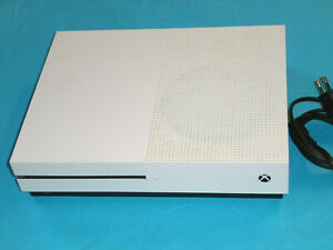 Xbox One S.500 GB ,4K Blu-ray, HDR, mit Laufwerk, ohne Zubehör ,Gewährl.
