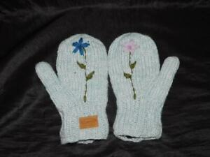 Kyber Girls Youth M Blue Flower Knit Wool Mittens Fleece Lined Nepal Made Kids