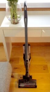 MIELE TRIFLEX HX1 GRAPHITE GREY CORDLESS STICK VACUUM CLEANER +BATTERY & CHARGER