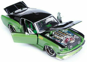 FORD MUSTANG GT 1967 1:24 scale KIT model toy car diecast die cast models Green