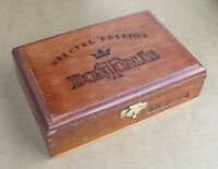 Don Tomas Special Edition wooden cigar box S.E.No. 500, good condition.