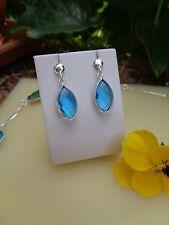 925-er Silber-Ohrringe mit herrlichem Hydro-Blautopas
