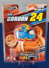 2007 Winners Circle #24 Jeff Gordon With Collectors Helmet 1:64 Dupont Chevy SS